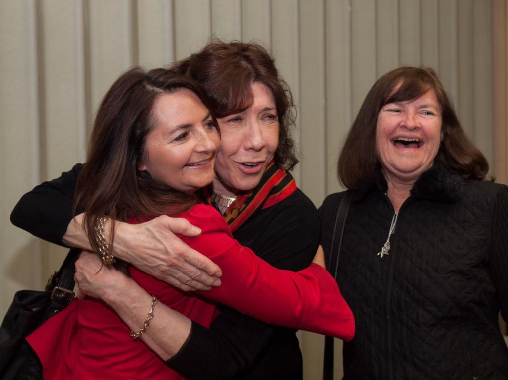 Elisa Parker with Lily Tomlin and her mom, Pat Henderson
